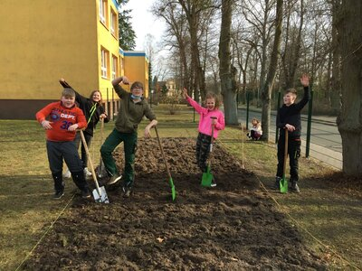 Fotoalbum Frühlingsprojekt an der Elbtalgrundschule