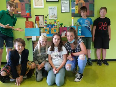 Fotoalbum Ausstellung Hundertwasser-Häuser Kl. 4a