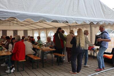 Fotoalbum Sommerkaffee für Senioren