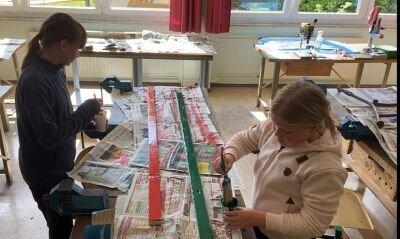 Fotoalbum Fleißige Handwerker in der Schule
