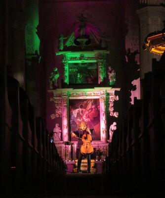 Fotoalbum Ray Cooper, der schottisch-englischer Singer/Songwriter und Multiinstrumentalist, welcher in Schweden lebt, gibt zum wiederholten Male ein Konzert in der Bad Schmiedeberger Kirche