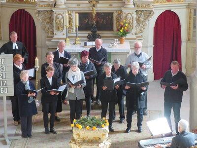 Fotoalbum Jubelkonfirmation in der Bad Schmiedeberger Kirche mit Beteiligung des Kirchenchores