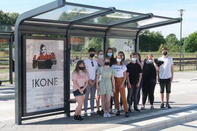 IKONE - Ausstellungseröffnung mit den Seminarteilnehmer*innen, Fotograf: Lars Schladitz