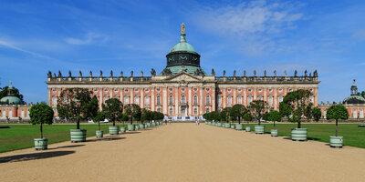 Ensemble des Neuen Palais Sanssouci in Potsdam