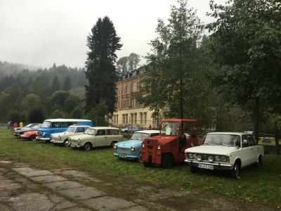 Fotoalbum 3. Old- und Youngtimer-Treffen im Regen 2016