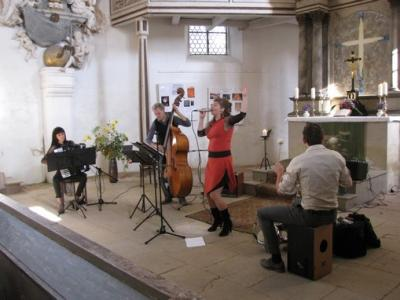 Fotoalbum ALMA DE ARABAL aus Leipzig - ein Nachmittag in der Reinharzer Kirche im Zeichen von Tango & mehr....
