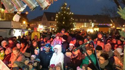 Fotoalbum Weihnachtsmarkt in Uebigau am 1. Adventwochenende