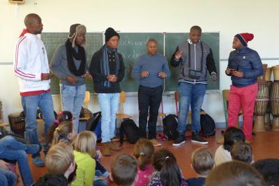 Fotoalbum Besuch einer Musikgruppe aus Afrika