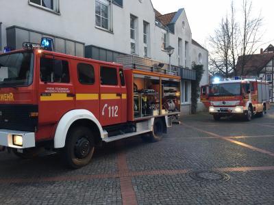 Fotoalbum Feuer in Wohnung in Hess. Oldendorf