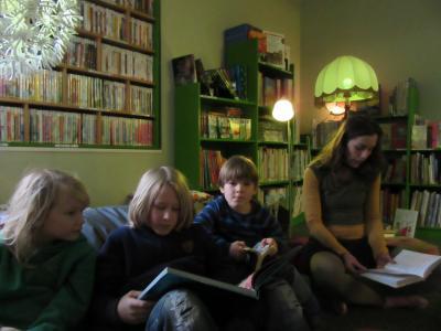Fotoalbum Grüner Donnerstag in der Bibliothek Am Männekentor