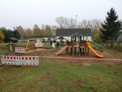Fotoalbum Spielplatz Wendisch Priborn