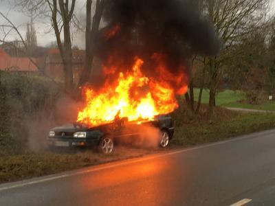 Fotoalbum Feuer PKW in Höhe Krückeberg