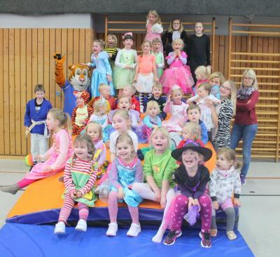 Fotoalbum Kinder-Karneval beim SV Mackensen