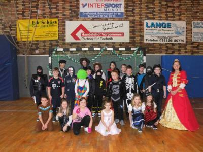 Fotoalbum Faschingsparty mit dem Grimmener Carnevalsclub 2017