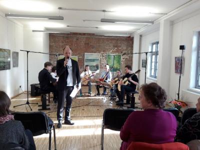 Fotoalbum Saitenwege - Gitarre im Konzert