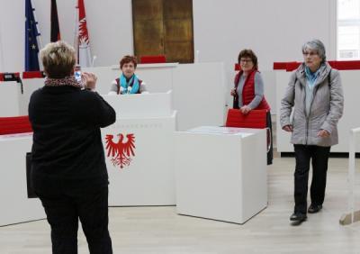 Fotoalbum 25. Jubiläum der Frauenbrücke Ost-West e.V.