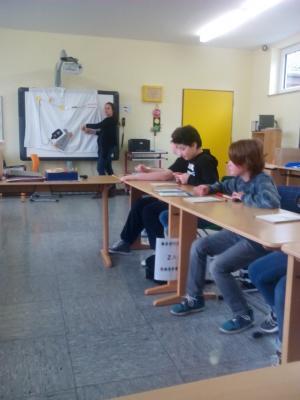 Fotoalbum TÜV-Kids-Unterricht zum Thema Elektrizität