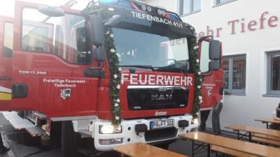 Fotoalbum Fahrzeugweihe FF Tiefenbach