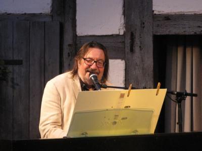 Fotoalbum Live am Piano im Pfarrhof: Manfred Maurenbrecher