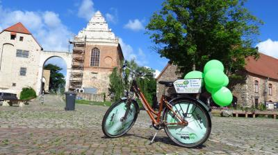 Fotoalbum ONLEIHE on Tour - Staffelstab in Haldensleben übergeben