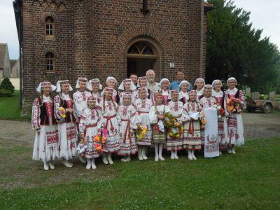 """Fotoalbum Sommerfest der Kirchengemeinde Söllichau mit dem Kinder- und Jugendensemble """"Sonejka"""" aus Weißrussland"""""""