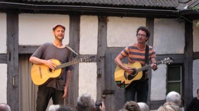 """Fotoalbum """"Schnaps im Silbersee"""" - Ein sehr unterhaltsames Hofkonzert, dieses Mal mit Vorprogramm durch """"Pfarrer Ziegra"""""""