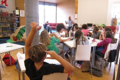 Fotoalbum Schreibworkshop der 6. Klasse mit Nevfel Cumart