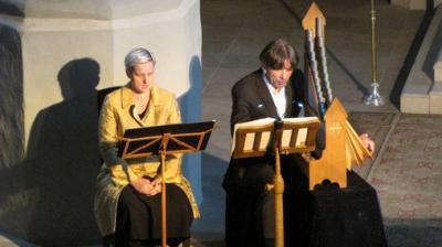 """Fotoalbum """"TreCantus""""  - Karin Adam & Franns von Pomnitzau geben Konzert im Rahmen des 8. Musikfestes Dübener Heide in der Stadtkirche mit Vertonungen von Luthertexten"""
