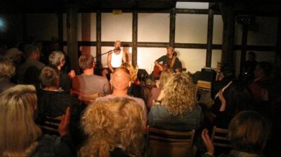 "Fotoalbum ""Hasenscheiße""  - Comedy-Folk-Duo aus Berlin/Potsdam mit Christian ""Chrischi"" Näthe &  Matthias ""Matze"" Mengert unterm Dach im Pfarrhof"
