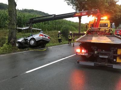 Fotoalbum Verkehrsunfall auf der B1 bei Grießem