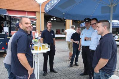 Fotoalbum Tag der Feuerwehr- Segnung des neuen Einsatzleitwagen und Verkehrssicherungsanhänger