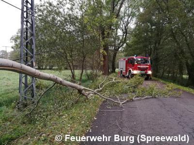 Fotoalbum Dauereinsatz wegen Sturmtief Xavier