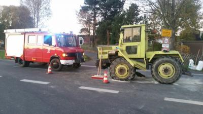 Fotoalbum Unfall mit Landwirtschaftlichen Fahrzeug in Rosenbühl