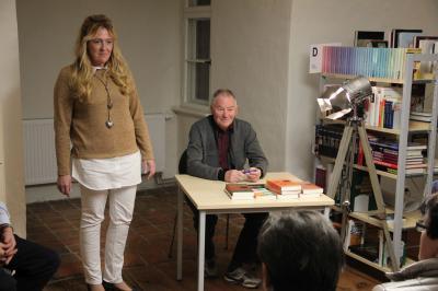 Fotoalbum Buchlesung mit Carl-Heinz Scharpegge