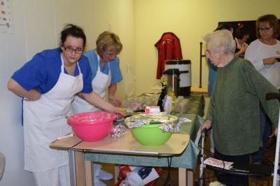 Fotoalbum Advenstbasar im AWO Seniorenpflegezentrum in Wittenberge