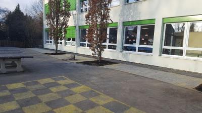 Fotoalbum Schulhofgestaltung Holzen