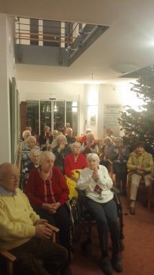 Fotoalbum Weihnachtssingen im Malteserstift