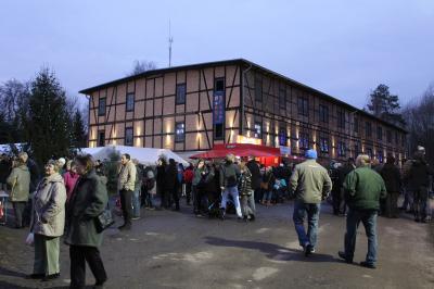 Fotoalbum 8. Weihnachtsmarkt Ziegelei Klein Kölzig