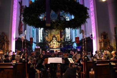Fotoalbum Gospel Mass mit Kammerchor Calypso in der Stadfpfarrkirche Höchstädt