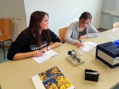 Fotoalbum Klasse 10LB besucht das Schülerlabor am DESY in Hamburg