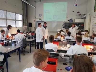 "Fotoalbum Erneuerbare Energien im Schülerlabor ""Quantensprung"""