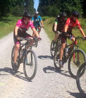 Fotoalbum Wandertag mit Mountainbike-Tour