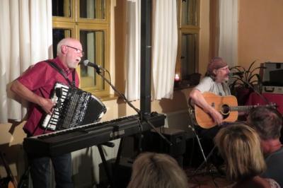 Fotoalbum Scottish Folk mit Alan Reid & Rob van Sante (GB) im Gemeindehaus