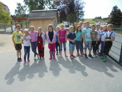 Fotoalbum Zu Besuch im Kuhstall (Hort Kl. 2b)
