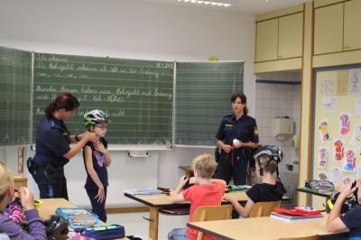 Fotoalbum Polizei in der Schule 2018