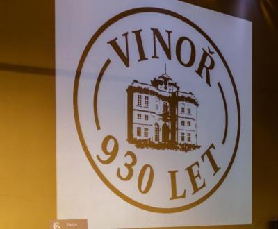 Fotoalbum 930 Jahre Vinor