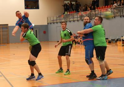 Fotoalbum Punktspiel TSV Lichtentanne