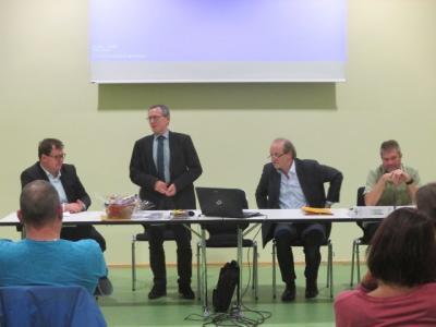 """Fotoalbum Infoveranstaltung """"Offene Bürgerschule"""" in Aichhalden"""