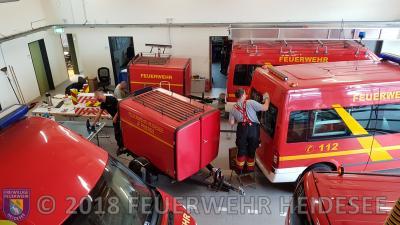 Fotoalbum Heckwarnmarkierung für alle Fahrzeuge der Feuerwehr Heidesee