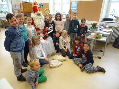 Fotoalbum Nikolaus in der Grundschule